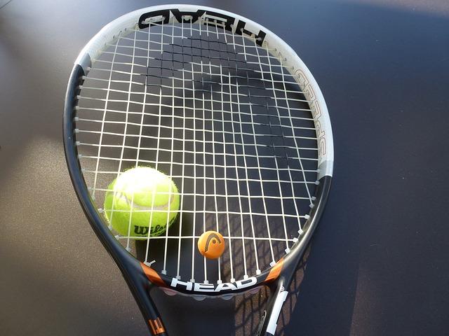 テニスラケット高級品と安物の差2
