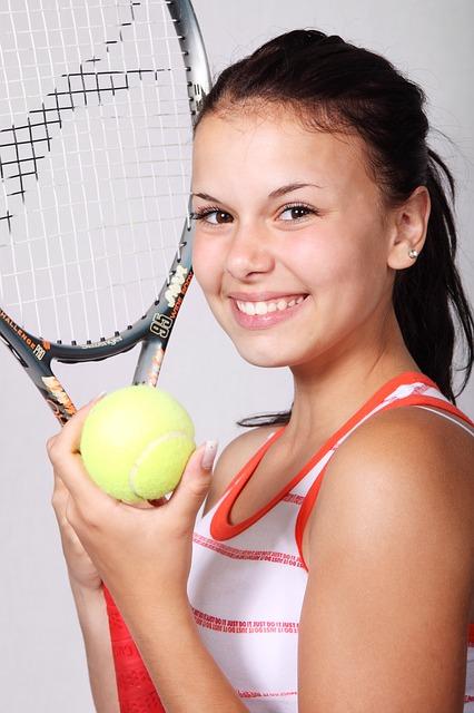 テニスラケット高いものと安いものの違いとは?